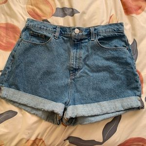 BDG Urban Outfitters / Mom Jean Shorts